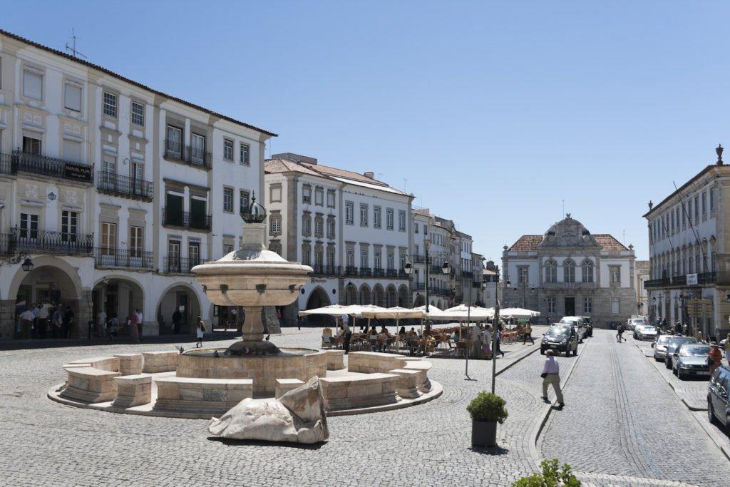 Площадь Жиральдо