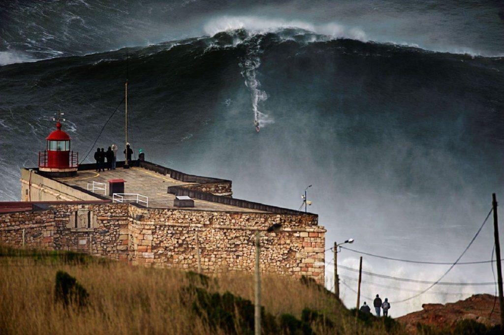 назаре португалия волны