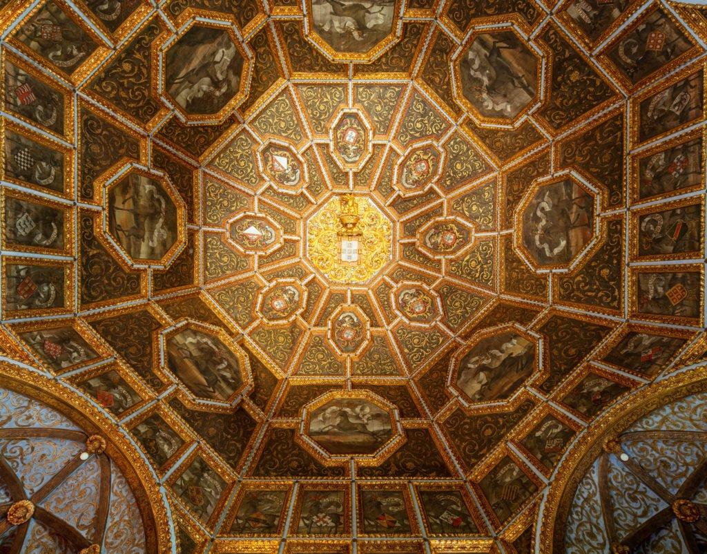 Зал с Оленями во дворце Синтры