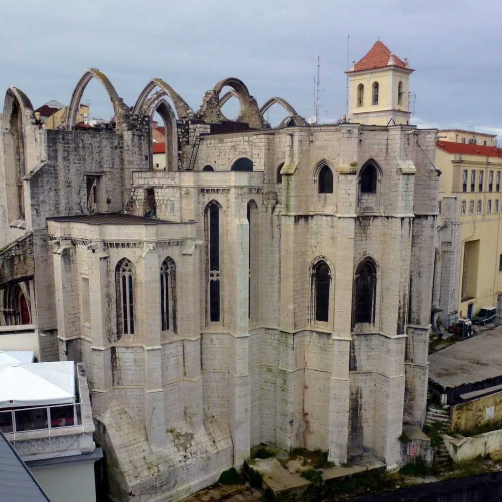 монастырь кармелитов лиссабон
