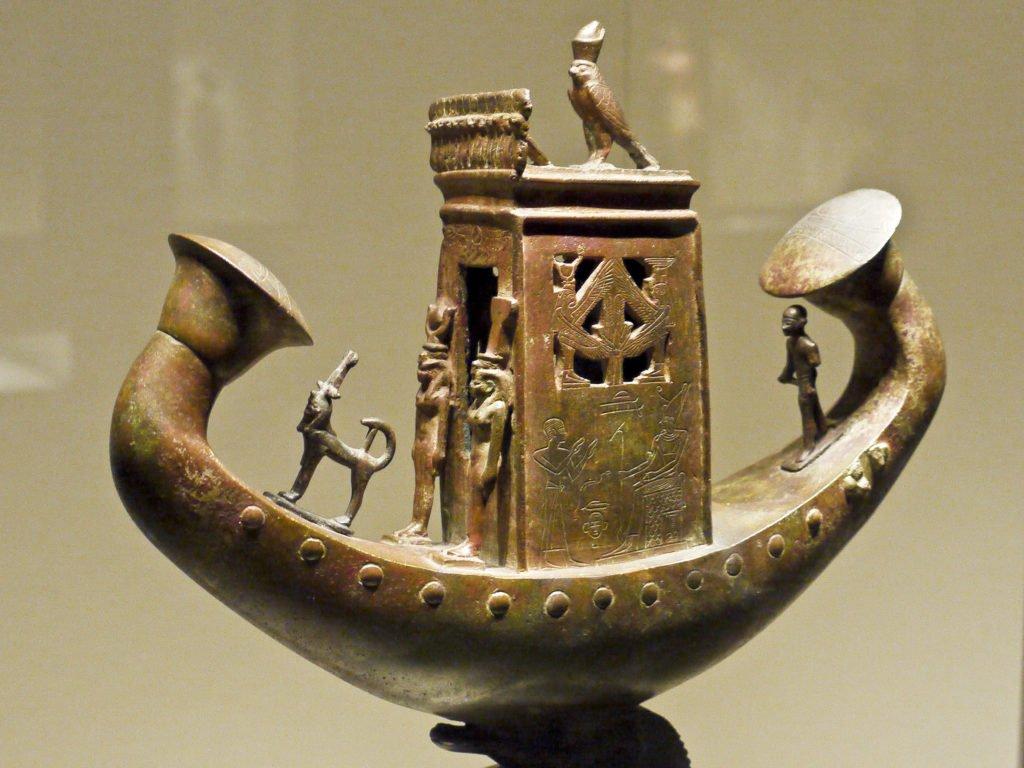 Экспозиция Египта в музее Гульбенкяна