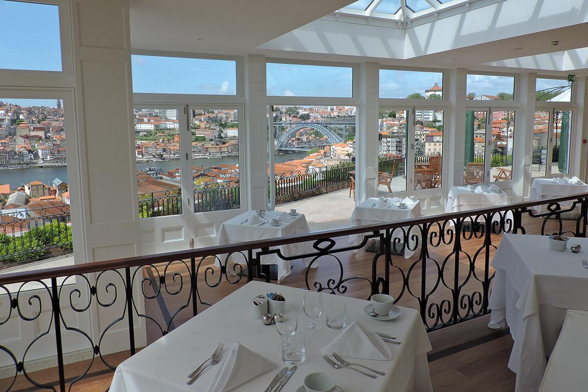 ресторан в Порту