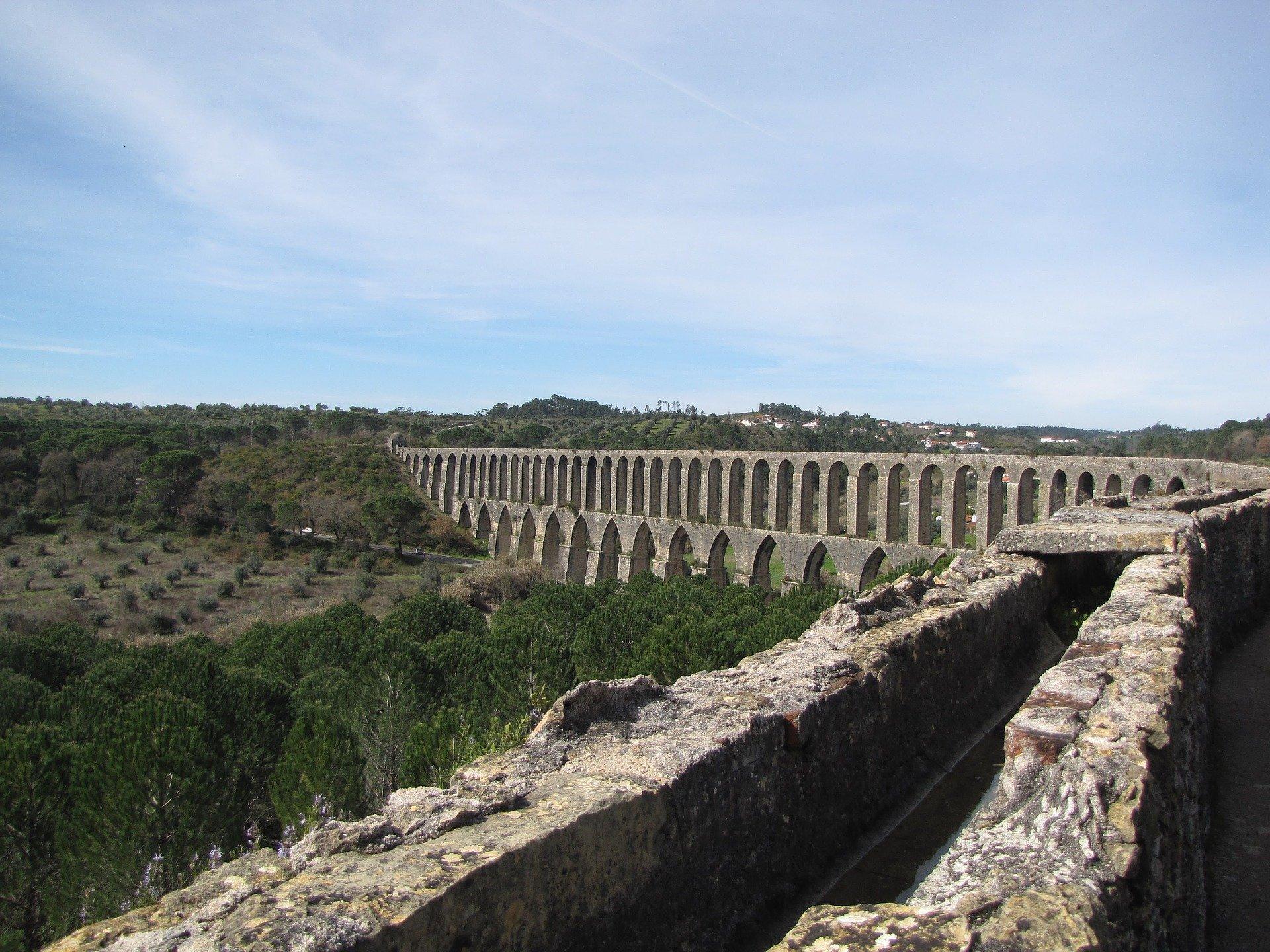 акведук в томаре
