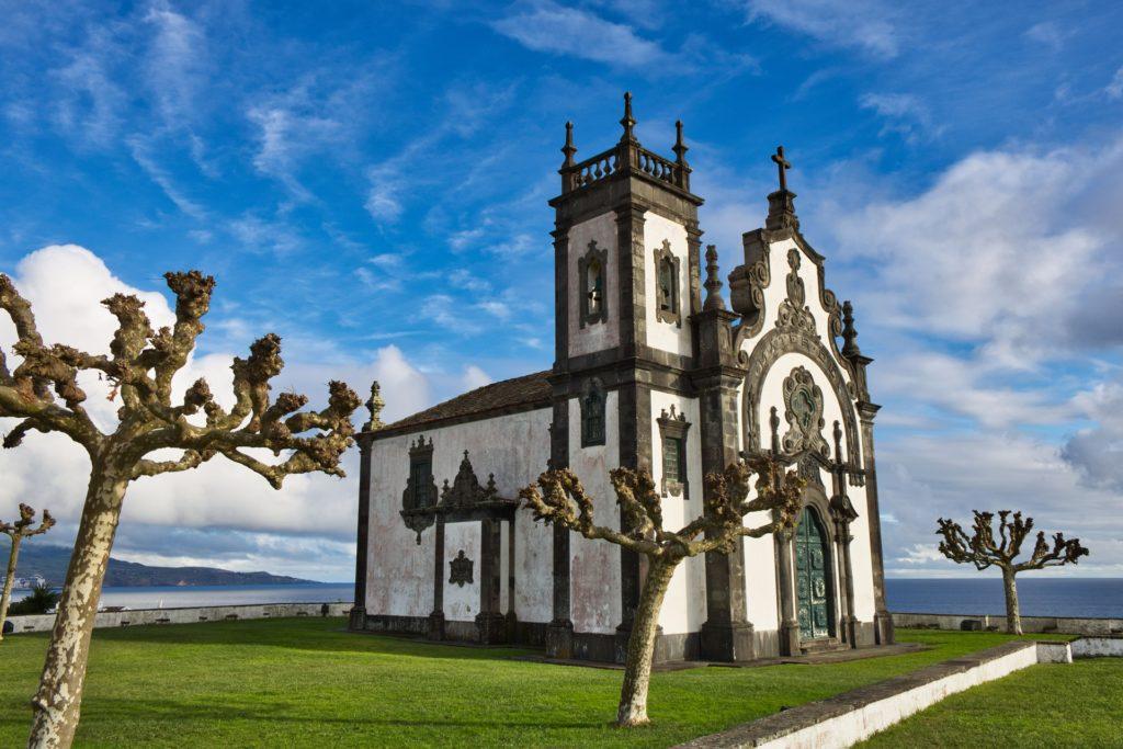 Столица «зеленого острова» Ponta Delgada