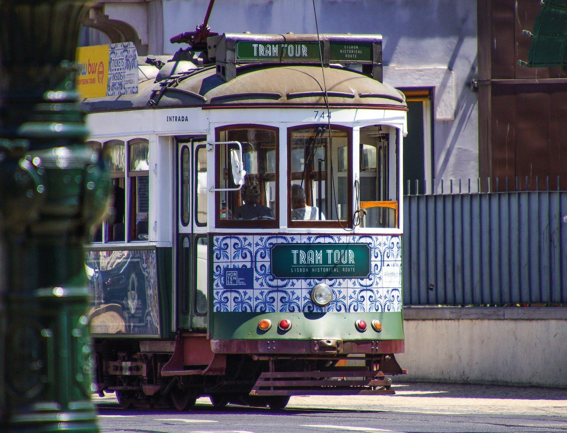 Экскурсионный трамвай за 20 Евро