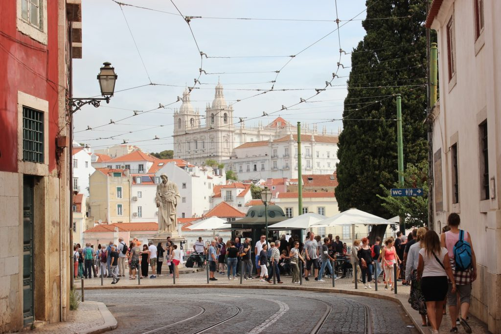 улять по португальской столице