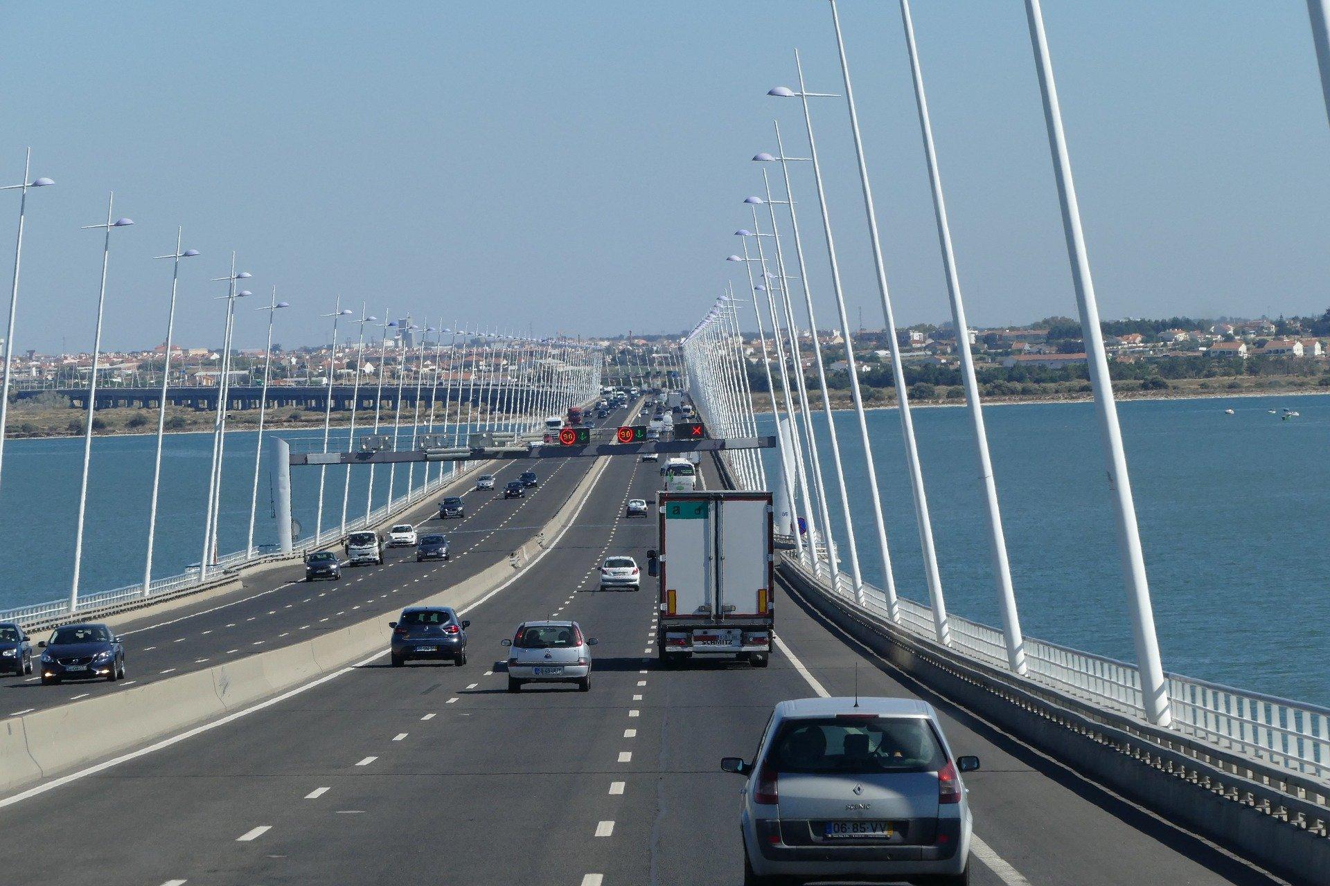 проезд по мосту васко да гама