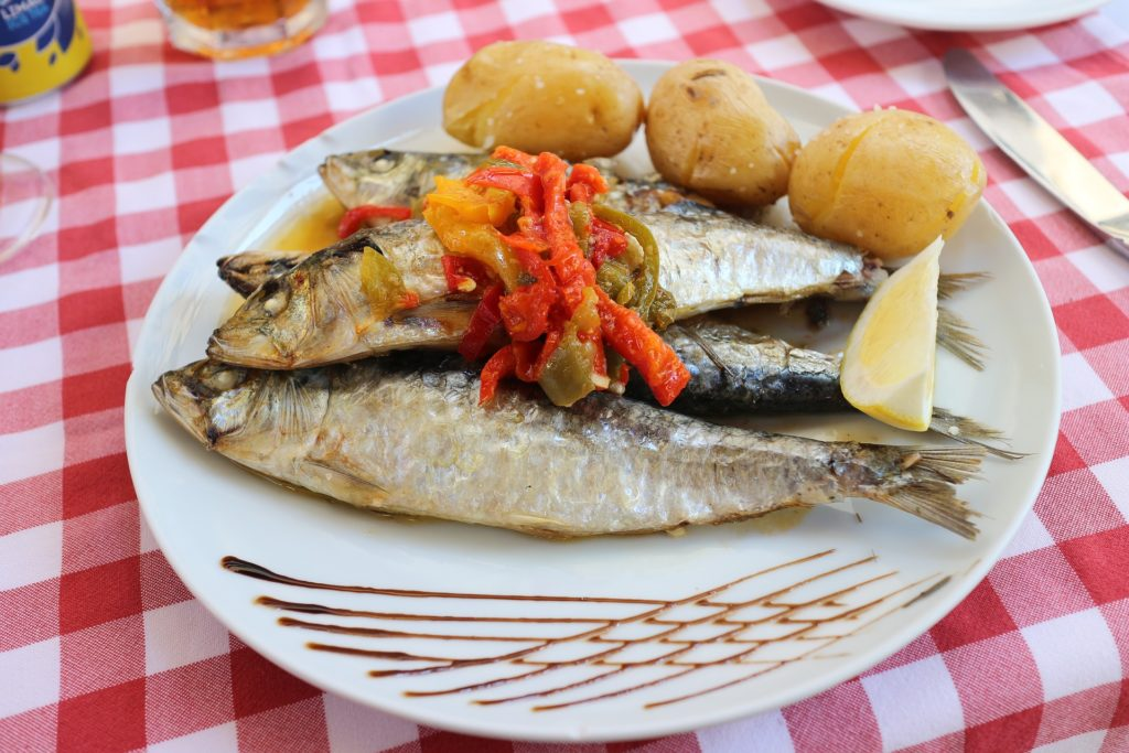 Фирменно блюдо-сардинки