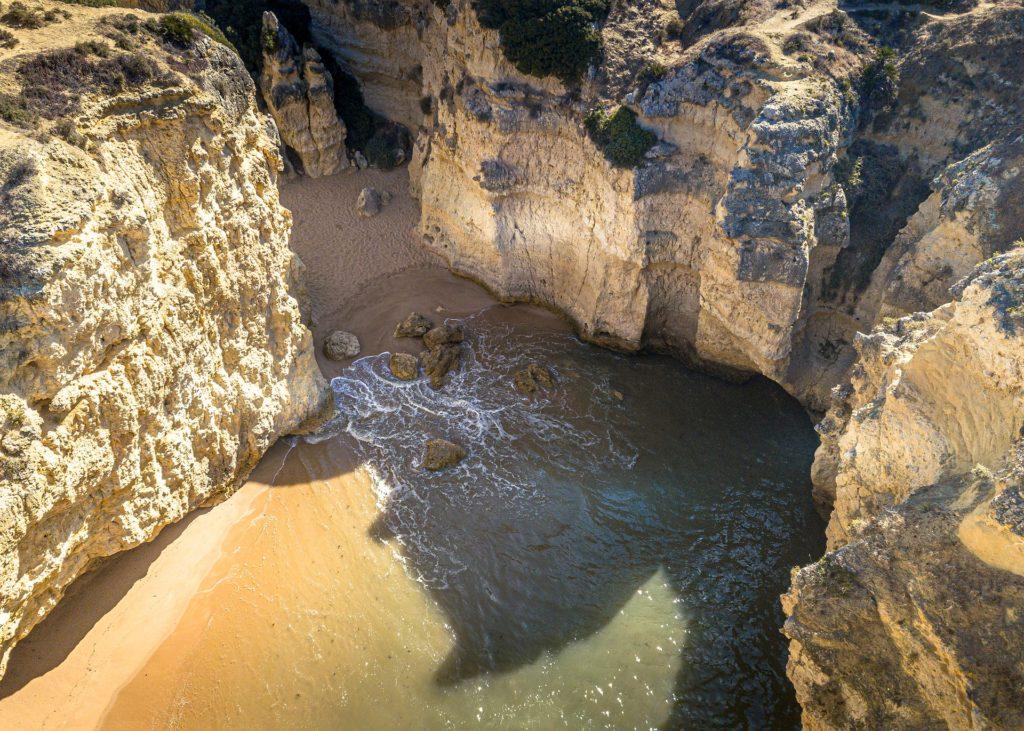 Морская пещера Бенагил региона Алгарве