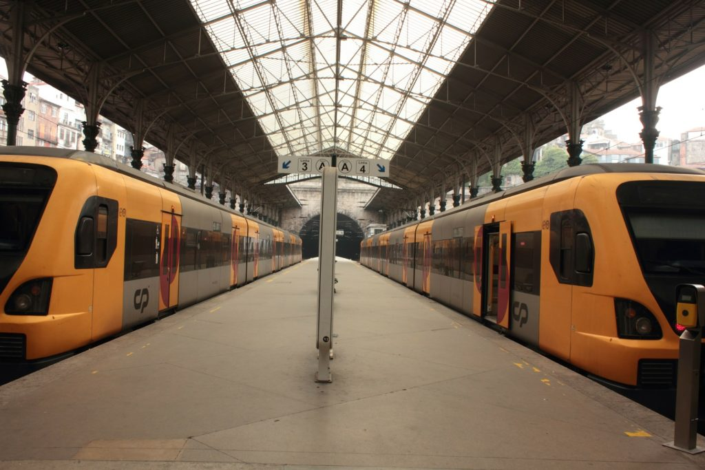 Поезда в алгарве Португалия