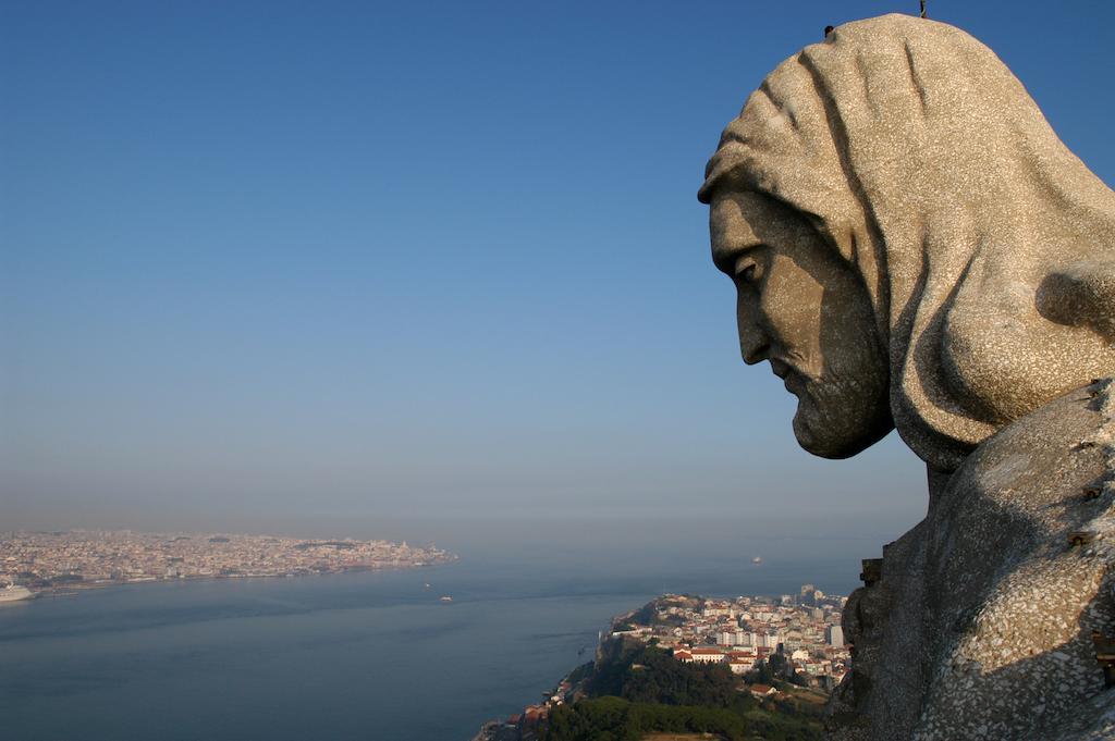 памятники и статуи Лиссабона