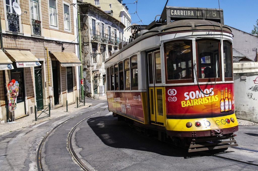 Лиссабон достопримечательности 28 трамвай