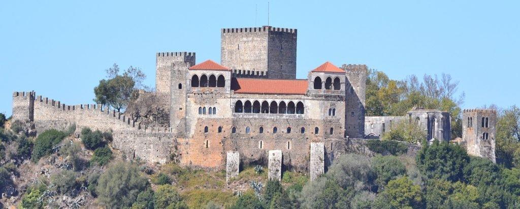 Крепость Лейрии