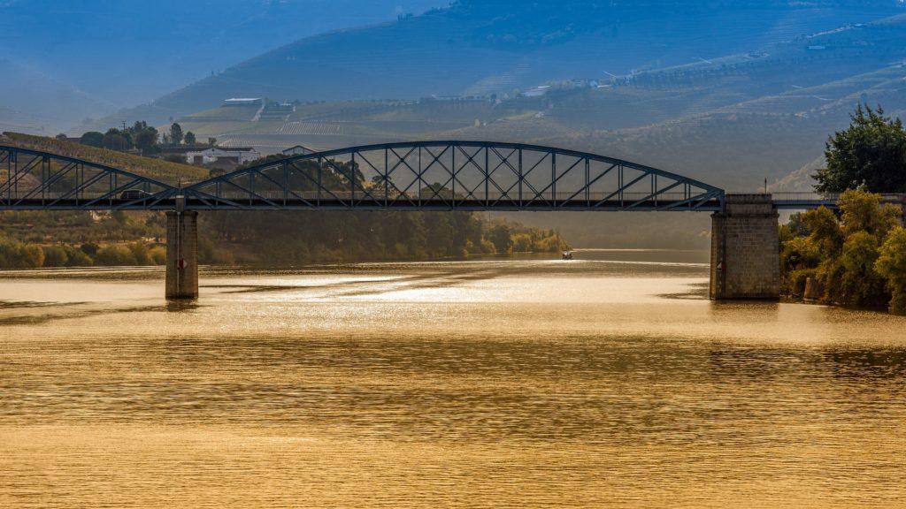 Мосты через реку