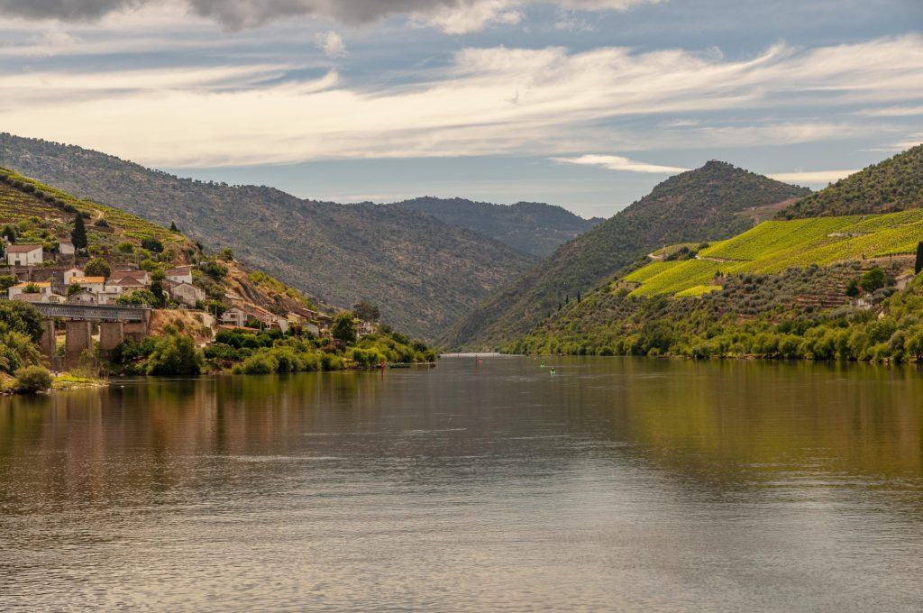 Пейзажи долины реки Дору
