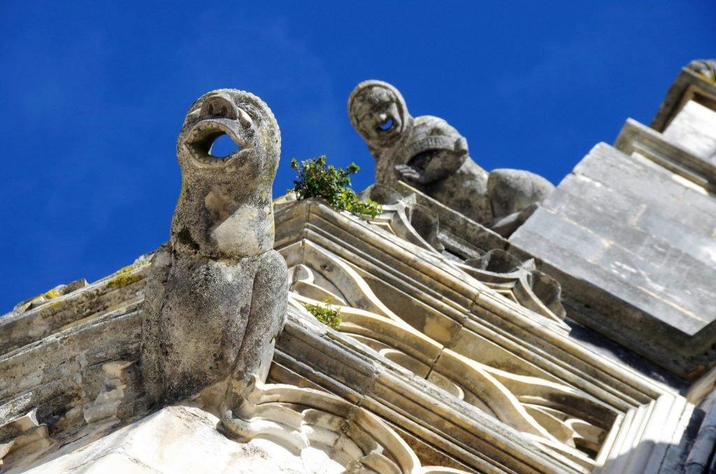 Готический стиль монастыря