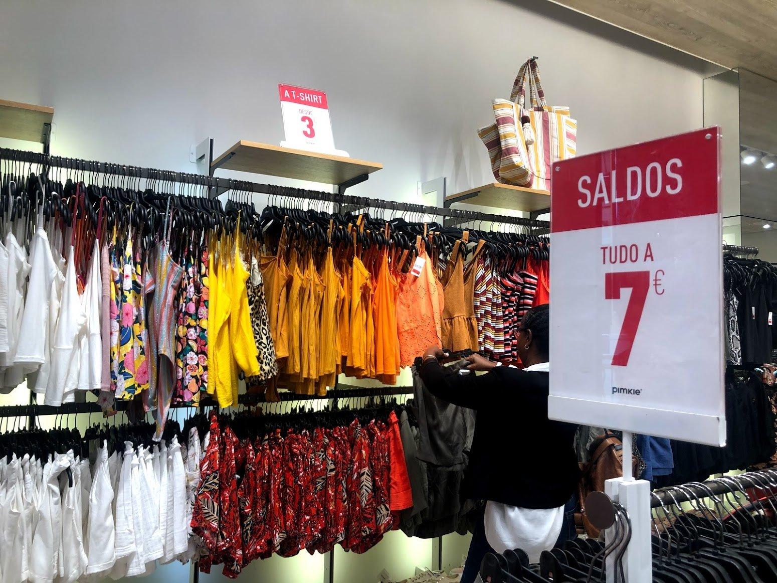 Распродажи в Португалии